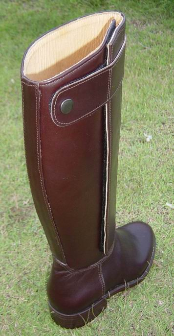 Back view of Dark Brown Kenyan boot